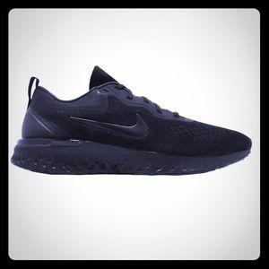 Odyssey react, triple black, Nike men's size 12